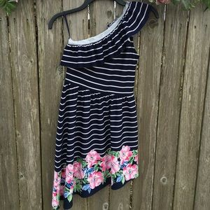 Other - GIRLS Abercrombie one shoulder striped navy&white
